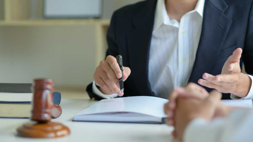 greenville estate planning attorney giving advice