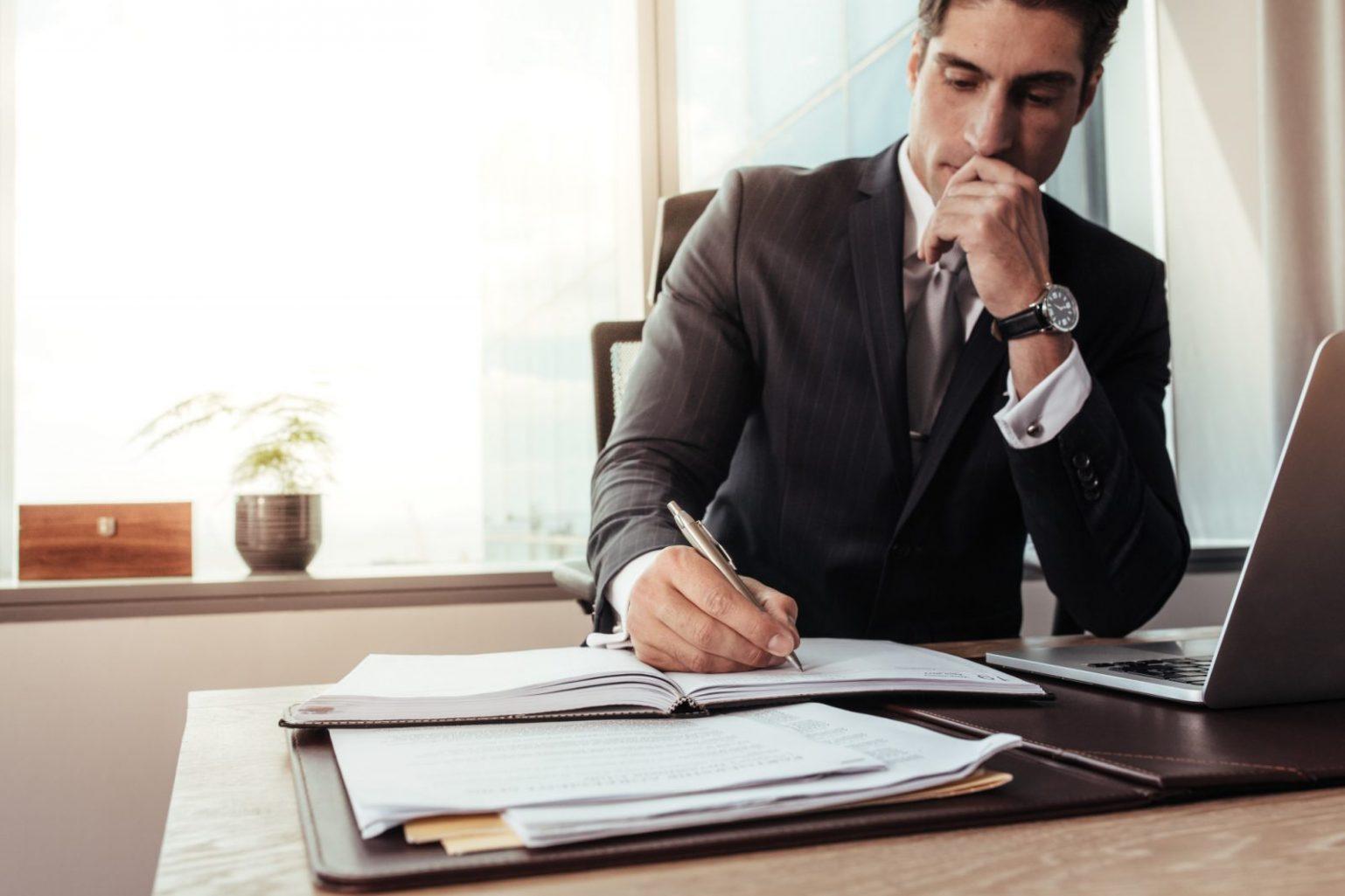 choosing business lawyer